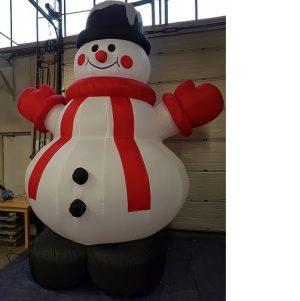 sneeuw pop 4,5 m