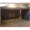zwart tent